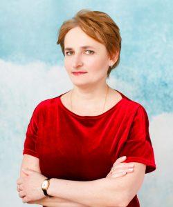 Учитель русского языка и литературы Манакова Елена Васильевна