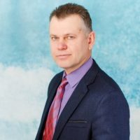 Заместитель директора по АХЧ и безопасности Башкин Виктор Юрьевич